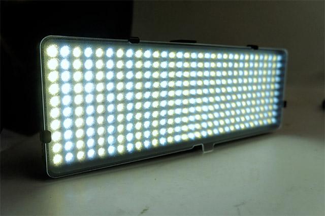 光量・色温度可変式カメラ用LEDライト320灯「DN,82386」