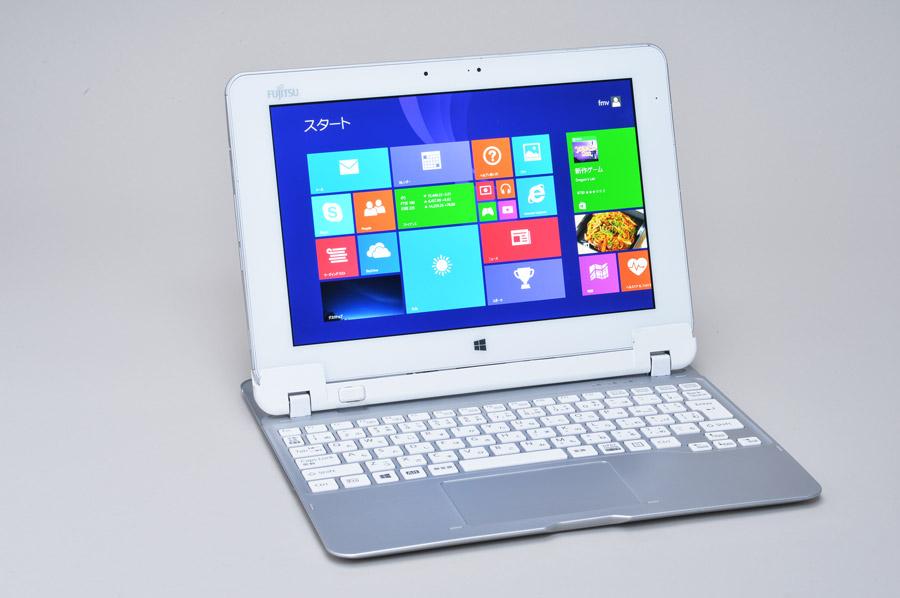 オプションのキーボードを接続すればノートPCライクなスタイルに。文字打ちを多用する仕事にも利用できる