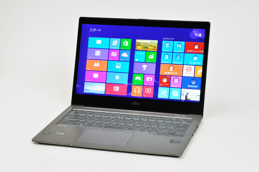 超高解像度Ultrabook™「FMV LIFEBOOK UH90/M」