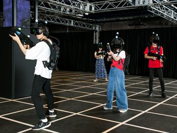 まさに「ゲームの世界に入る」体験! 東京ジョイポリスの「ZERO LATENCY VR」 - VR Watch