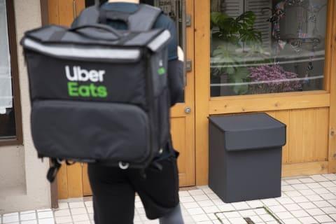 配 uber eats 置き